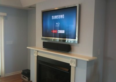 TV with Center Channel speaker